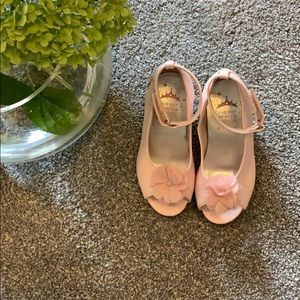 Disney princess shoes NEW WITHOUT TAG/BOX